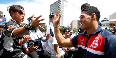 Auckland Nines: Hundreds of fans welcome teams - Sport - NZ Herald News | Sociology Pe | Scoop.it