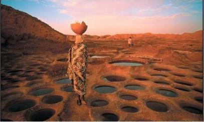 Afrique – Sahara: très belle photographie d'une femme en plein désert | Actions Panafricaines | Scoop.it