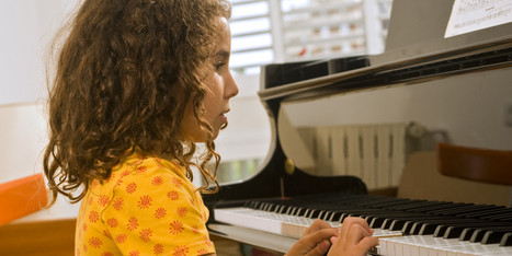 Could Childhood Music Lessons Prevent Dementia In Old Age? | Dementia | Scoop.it
