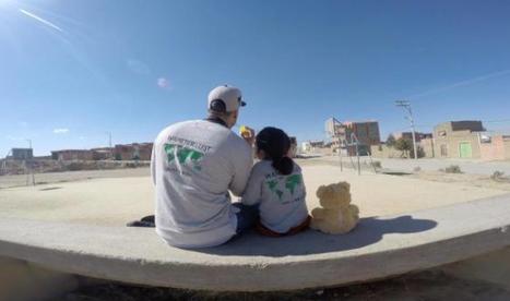 Emu par une orpheline, il se démène pour l'adopter | Chroniques boliviennes | Scoop.it