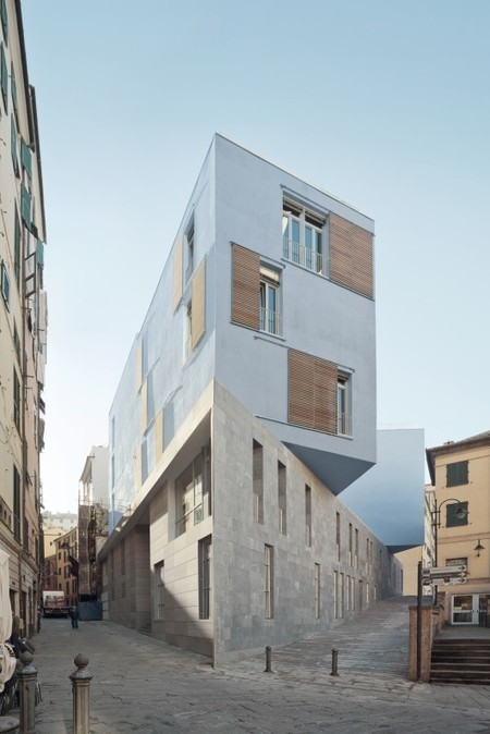 [Genoa, Italy] New School In Piazza Delle Erbe / PFP Architekten | The Architecture of the City | Scoop.it