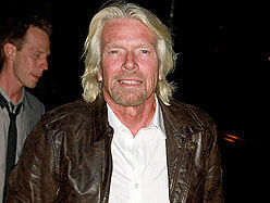 Branson apologizes for nude kite-surfing invite - CANOE | Nude | Scoop.it