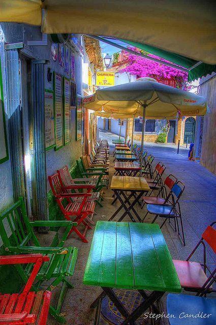 Colourful Cafe by Light+Shade | SemillasDelFuturo | Scoop.it