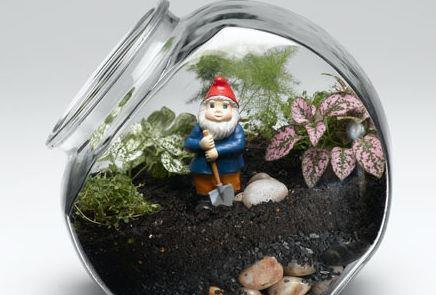Here is your way to have a gnome and fairy garden on your desk at work   Fairy Artwork   Scoop.it