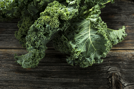 11 Health Benefits of Kale: Trendy, Yes! But It's Still So Good for You! | Vegetarian and Vegan | Scoop.it