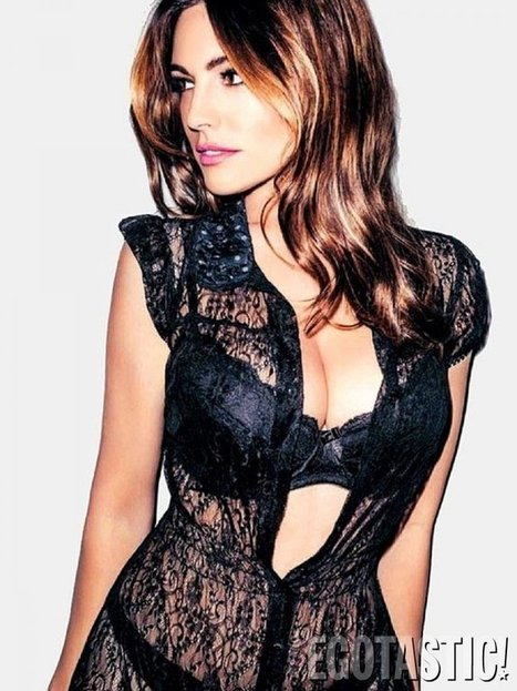 Kelly Brook looks very sexy in FHM France | Famous Naked Celebrities | Favorite think's | Scoop.it