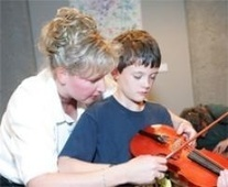 Community Outreach: Musical Petting Zoo at Adventure Science Center's Science of Sound | Country Music Hall of Fame and Museum | Adventure Science Center | KIDS & FAMILY | NowPlayingNashville.com | Science Centers Stories | Scoop.it