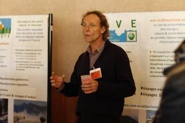 Jean-Pierre Lamic de VVE et Olivier Thaler de l'UM2 conférence sur l'écotourisme lors du Forum National du Tourisme responsable | Tourisme solidaire et écologique | Scoop.it