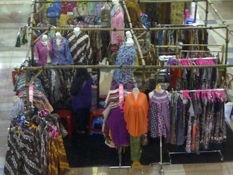Dalam Sebulan, Batik China Banjiri Pasar Indonesia Senilai Rp 4,7 Miliar | Tidak Anti Asing tapi Anti Penjajahan | Scoop.it