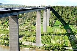 Mosel bridge 'bombshell' heartens protesters | Vitabella Wine Daily Gossip | Scoop.it