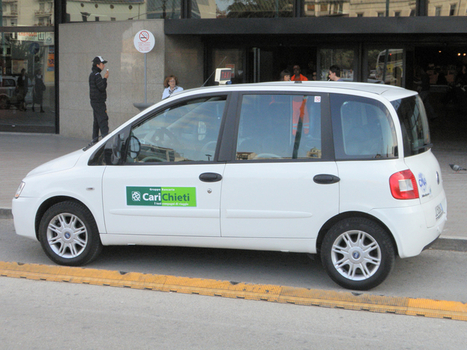 Guerra dei taxi fra Pescara e Chieti: sit in davanti al Comune | chietitempolibero | Scoop.it