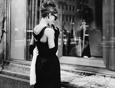 Lesley's Girls- Vintage Lifestyle and Fashion Blog: The Little Black Dress | Vintage Fashion | Scoop.it