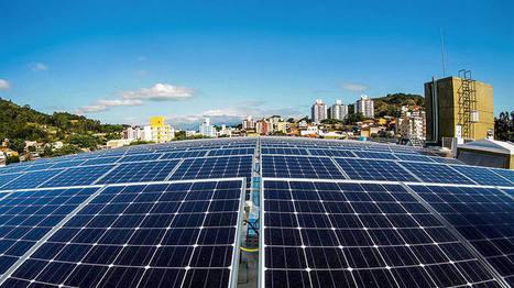 É a vez da energia solar? Cada vez mais gente acha que sim | Banco de Aulas | Scoop.it