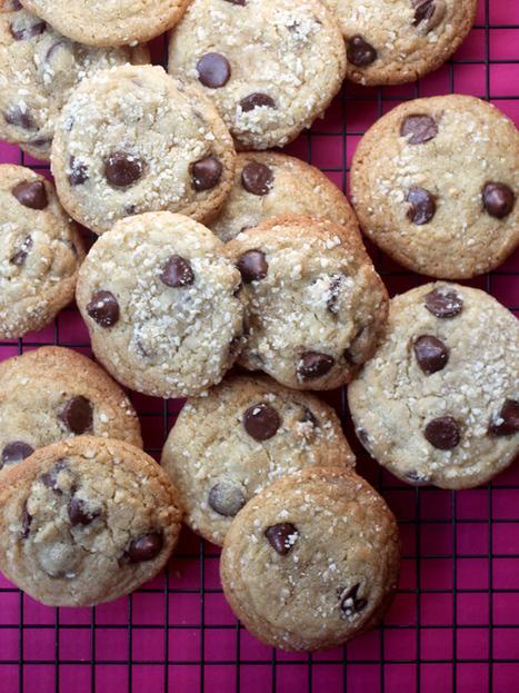 Almond Cherry Chocolate Chip Cookies « bakerella.com | Just Chocolate!!! | Scoop.it