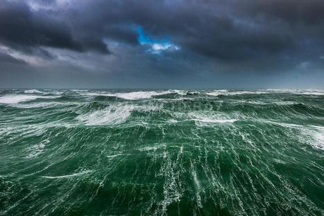 photos - tempete en mer - phototheque | Ile de sein | Scoop.it