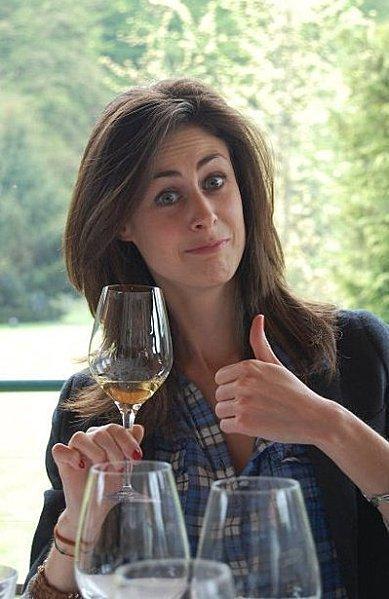 Isabelle Spiri, folle de vins naturels, pas que du bout 2 la langue !   Vins nature, Vin de plaisir   Scoop.it