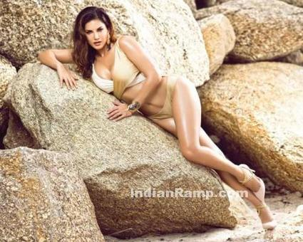 Sunny Leone Latest Photoshoot for Manforce Calender 2016-17, Actress, Bollywood, Hollywood, Western Dresses | Indian Fashion Updates | Scoop.it