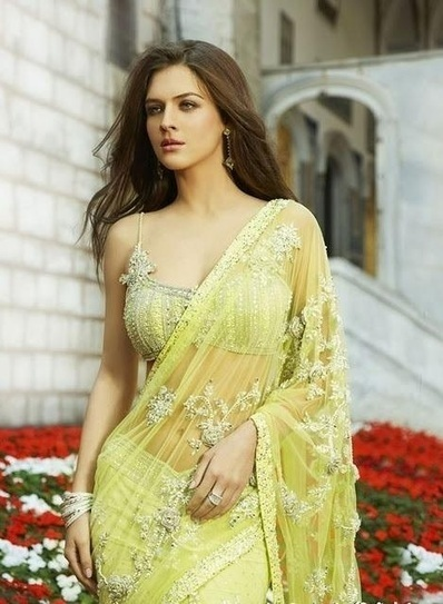Pakistani Saree's Fashion Trend, Latest Collection 2012 | fashion | Scoop.it
