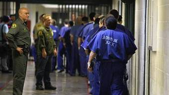 Jerry Brown has plan to ease prison crowding without early releases | Gov andLaw Gunnar B | Scoop.it