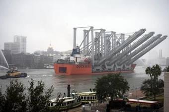 Four Post Panamax Cranes Arrive in Savannah   Marine Innovation   Scoop.it
