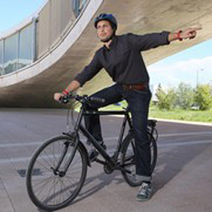 A smart wristband for nocturnal cyclists | WIP Weekly News | Scoop.it