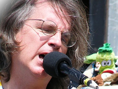Facebook Investor Roger McNamee Explains Why Social Is Over | World of Social Media | Scoop.it