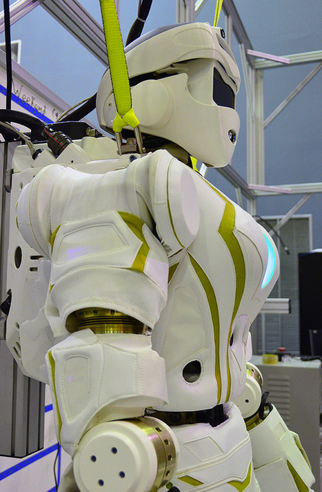 NASA JSC Unveils 'Valkyrie' DRC Robot - IEEE Spectrum | Amazing Science | Scoop.it
