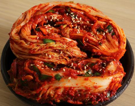 Cooking Korean food with Maangchi: Korean cooking, recipes, videos, and blog | Korean Culture Teaching Resources | Scoop.it