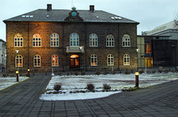 Icelanders approve their crowdsourced constitution   It's All Social   Scoop.it