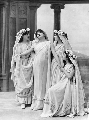 Rare 1910 Audio: Sarah Bernhardt, 'The Most Famous Actress the World Has Ever Known,' in Racine's Phèdre | Les énigmes de l'Histoire de France | Scoop.it