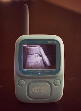 Infant Optics DXR-5 Baby Monitor Review – An Inexpensive and Cost Effective Baby Monitor | Baby gagdet | Scoop.it