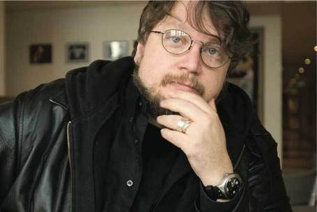 Guillermo Del Toro Talks Vampires, Giant Monsters and the 'Arrogance of Science' | For Lovers of Paranormal Romance | Scoop.it