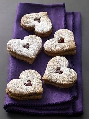 Baking for Friends: Linzer Heart Cookies   ♨ Family & Food ♨   Scoop.it