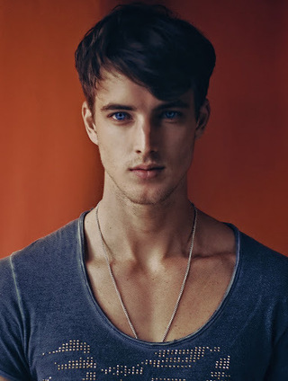 HommeModel - The Premier Source for Menswear in High Quality: James Smith by Joseph Gray | THEHUNKFORM.NET | Scoop.it