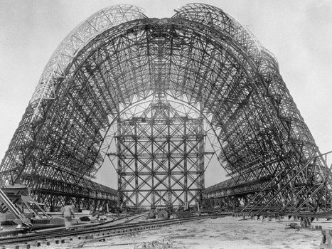 Construction of the USS Macon Airship c.1932 | GenealoNet | Scoop.it