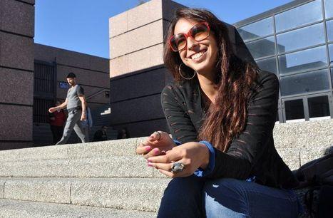 Tunisie : elle danse dans la rue pour résister   What's up, World ?   Scoop.it