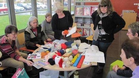 Faire du tricot à la bibliothèque, c'est désormais possible !   Idées d'animations   Scoop.it