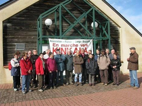 Un groupe de randonneurs « en marche pour Kinkala » | Les arts en chemin | Scoop.it