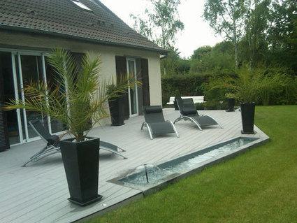 Des lames de terrasse de piscine de haute quali - Lame terrasse piscine ...