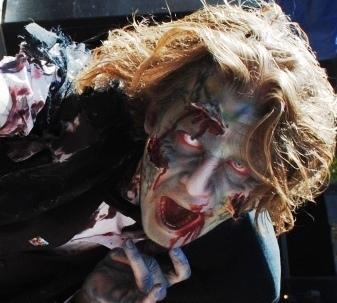 Zombies vs. vampires in 'Deadliest Warrior' on Spike TV - Examiner.com   Vampires   Scoop.it