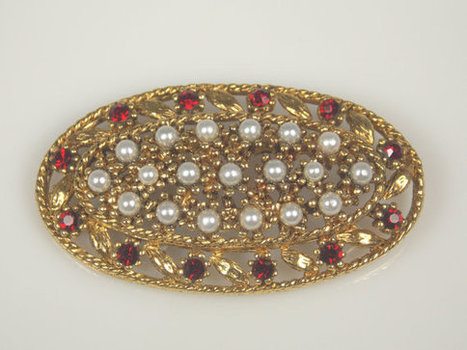 Vintage Elongated Oval Faux Pearl Ruby Red Rhinstone Brooch Retro Mad Men   Vintage Jewelry   Scoop.it