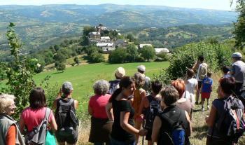 Espalion. Place au 15e Festival de la randonnée pleine nature | L'info tourisme en Aveyron | Scoop.it