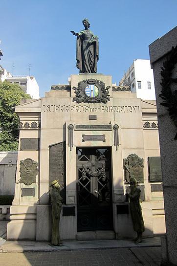 Buenos Aires: Cementerio de la Recoleta - Panteón de Guerreros ... | Didactica de las Ciencias Sociales | Scoop.it