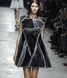 Pourquoi Yves Saint Laurent dicte toujours la mode d'aujourd'hui ?   L'Officiel de la mode   Actualités Yves Saint Laurent   Scoop.it