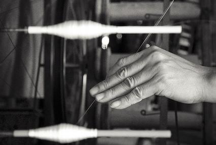 Quand un atelier haute-couture 100% coopératif résiste aux délocalisations | Sciences, l'Espace, le Temps et le Monde | Scoop.it