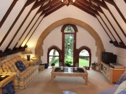 20 Terrible Estate Agent Photographs - The Poke | Marketing for Real Estate | Scoop.it