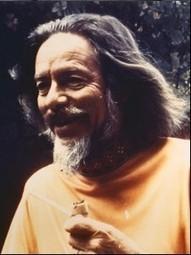 The Zen Teachings of Alan Watts: A Free Audio Archive of His Enlightening Lectures   caravan - rencontre (au delà) des cultures -  les traversées   Scoop.it