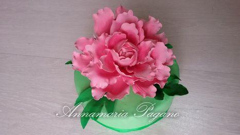 Una peonia in gumpaste   Cake Design e Decorazioni Torte   Scoop.it