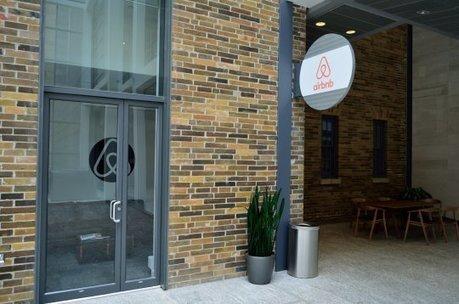 Airbnb : arme de destruction massive de la vie de quartier ? | Nicole Pochat | Scoop.it
