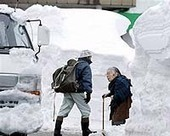 Hundreds of cars stuck in snow-hit Japan   Sustain Our Earth   Scoop.it